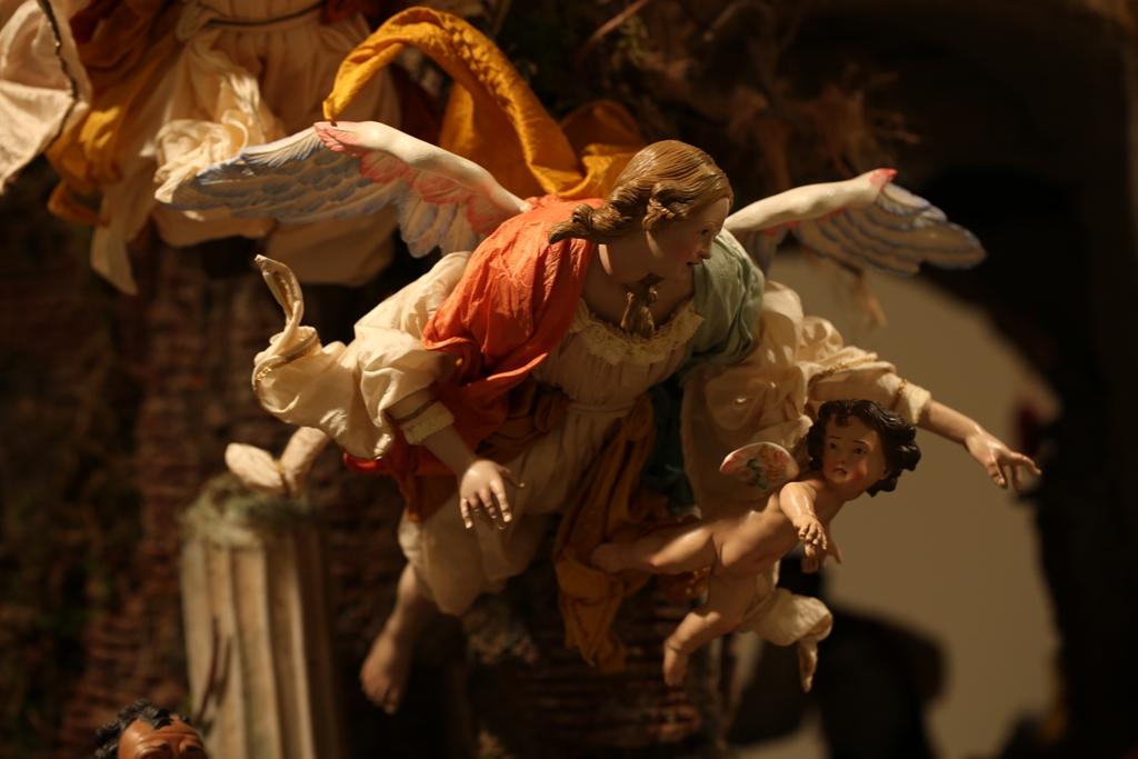 Presepe di New York - angelo con putto