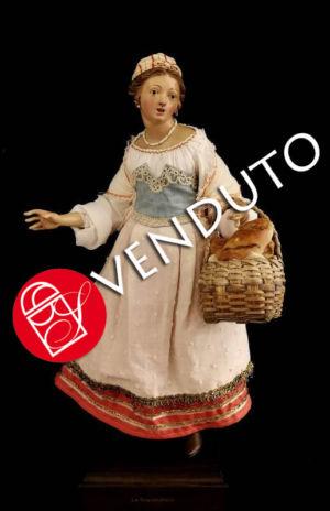0175 Popolana con cesto di pane - h 30cm