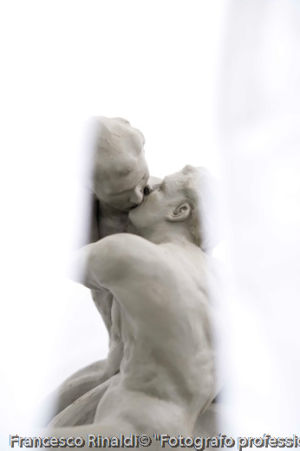 Bacio Moderno 4