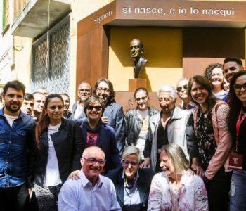 fondazione di comunità San Gennaro e busto di Totò